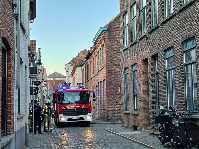 De brandweer op interventie in de Westmeers in Brugge.