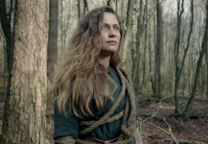 Actrice Dorien de Clippel in een fragment uit de debuutfilm van Philippe van der Loo.