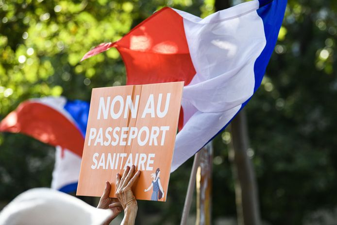 Manifestation contre le passeport sanitaire (Paris, 17 juillet)