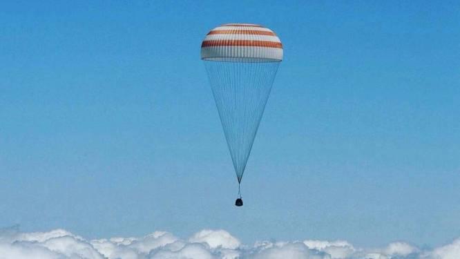 Zo landde astronaut Tim Peake na zes maanden in de ruimte weer op aarde