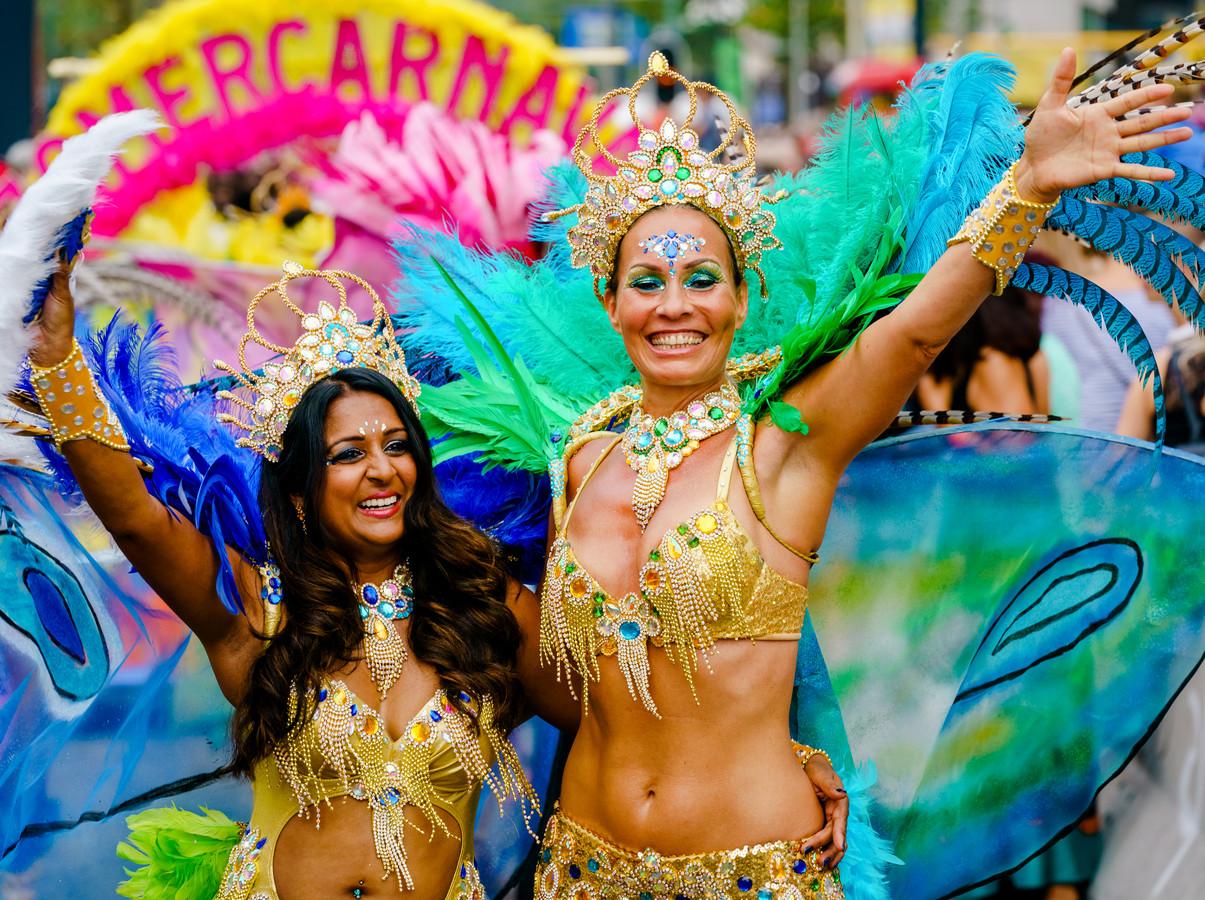 De straatparade van het Zomercarnaval verkast naar de arena van Ahoy