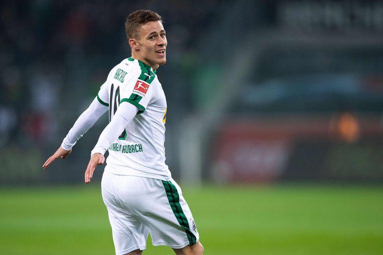 Thorgan Hazard, aan het feest na alweer een doelpunt in de Bundesliga. Beeld AFP