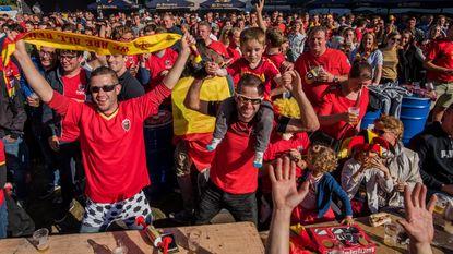 WK-dorp brult Duivels naar overwinning