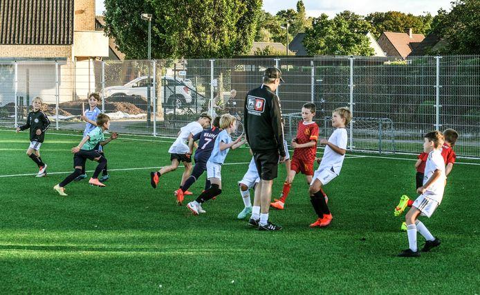 Met deze aanleg door de stad kunnen alle (jeugd)spelers van Jong Vijve niet alleen intensiever gebruik maken van hun accommodatie, ook een betere spreiding van trainingen en wedstrijden is nu mogelijk.