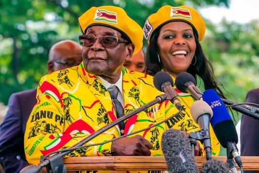 Robert en Grace Mugabe in 2017.