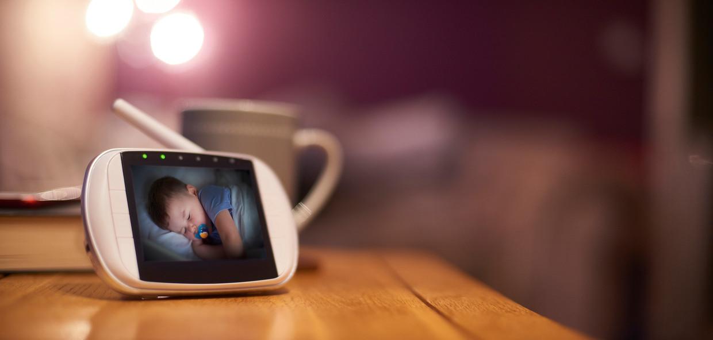 Een onbeveiligde camera kan als een loopjongen fungeren voor criminele organisaties.