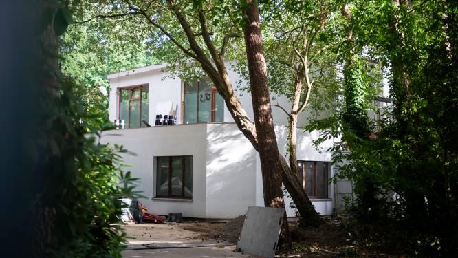 De lijdensweg van het asielcentrum in Kalmthout: een jaar van bouwovertredingen, stilgelegde werken en een geweigerde vergunning