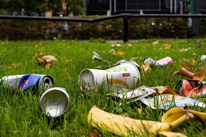 Joggen en afval oppikken oftewel ploggend de omgeving schoonhouden