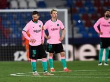 Koeman weer niet aan kop met Barcelona: pijnlijk gelijkspel bij Levante en schorsing voor De Jong