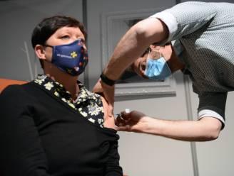 """Leuven trapt 'Zo weer samen' af: """"Ik aarzel niet om me te laten vaccineren"""""""