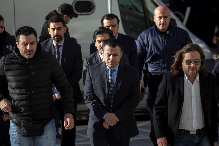 De militairen ontvluchtten Turkije per helikopter en vroegen politiek asiel aan in Griekenland.