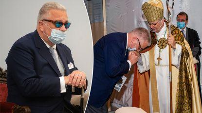 Zo moet het niet: prins Laurent meermaals in de fout met mondmasker en sociale afstand