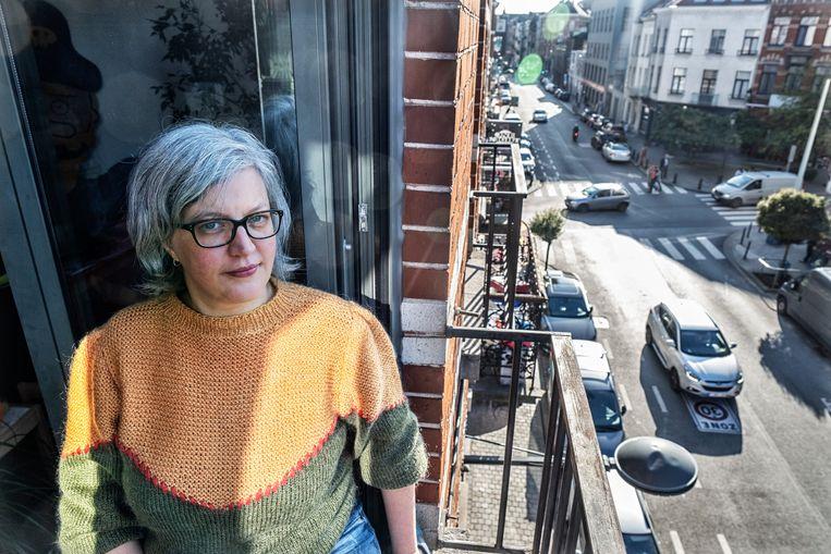 """""""Ik denk dat hier wekelijks een botsing is met blikschade"""", zegt Wendy Van Wynsberghe (45), die in Schaarbeek woont. Beeld Tim Dirven"""