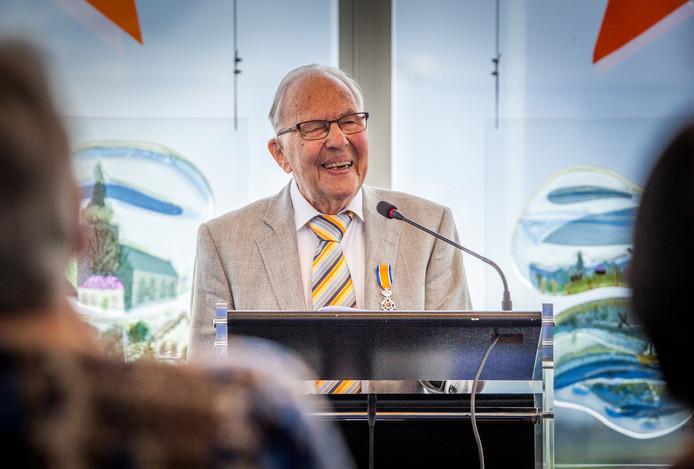 Jan Bouma in 2017, toen hij een lintje kreeg.