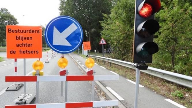 Eén week tijdelijke verkeerslichten voor beurtelings verkeer op Wichelsesteenweg