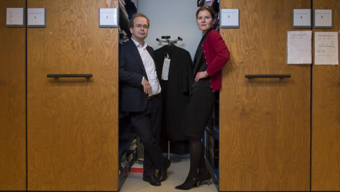 Officieren van justitie Michaël van Leent en Daphne van der Zwan moeten maandag en dinsdag de impact van de zedenzaak voor het voetlicht brengen