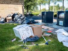 Extra opruimploeg nodig: illegaal dumpen afval loopt spuigaten uit in Capelle
