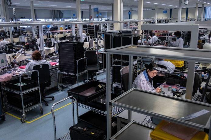 De werkvloer van Neways Advanced Applications in Son, een bedrijf van Neways dat onder meer voor ASML en Philips werkt.