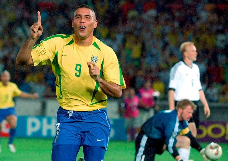 De laatste wereldtitel van Brazilië dateert al weer van 2002. Ronaldo scoorde toen beide goals in de finale tegen Duitsland. Beeld AP