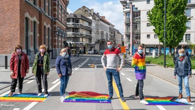 """Nog altijd geen regenboogzebrapad in Aalst: """"Straks de enige stad zonder"""""""