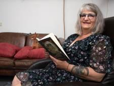 Anita (57) is laaggeletterd, ging met zichzelf aan de slag en helpt nu anderen: 'Ik schaamde mijzelf'