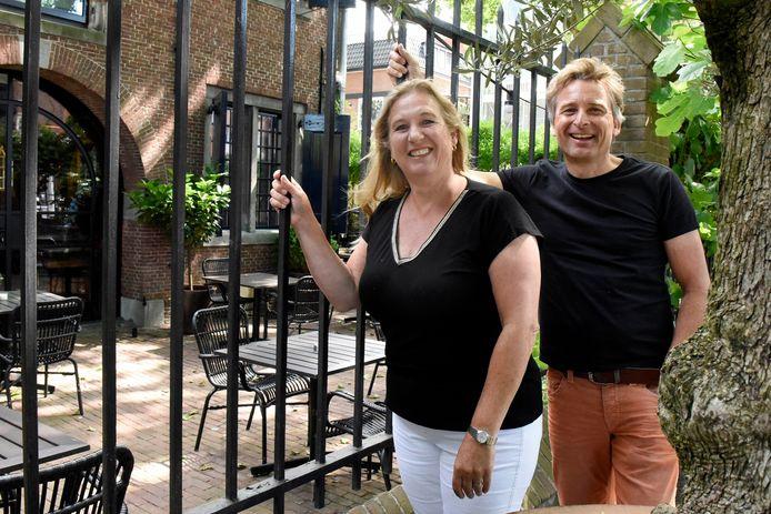 Juliette en Martin Prakken hebben gelijk gereserveerd bij Van Rossum toen ze hoorden dat de horeca op 1 juni open zou gaan.