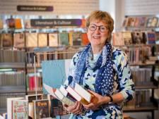 Bijeen in de Rijssense bieb: 'De leesclub verrijkt je leven'