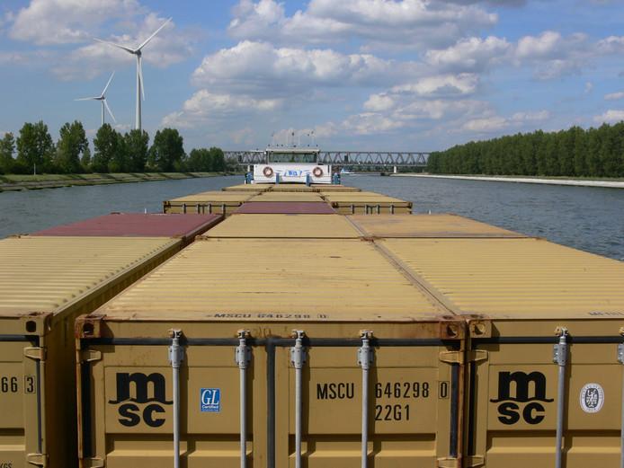 Sinds 2001 is de containeroverslag in Brabant met gemiddeld 16 procent per jaar gestegen.