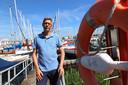 Voorzitter Henk de Groot van watersportvereniging Helius.