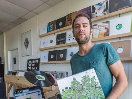 """Nieuwe platenzaak Hauz of Wax: ,,Ik wil de liefde voor muziek met anderen delen"""""""