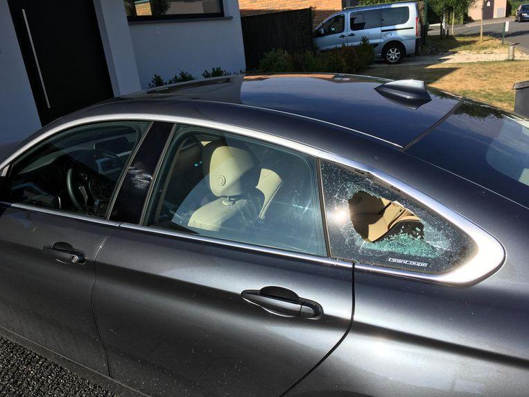 De dieven sloegen hun slag in de BMW van Tom.