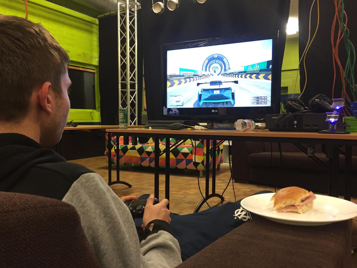 Archieffoto: Een 24 uurs game-marathon in Jongerencentrum Mainframe in Goirle.