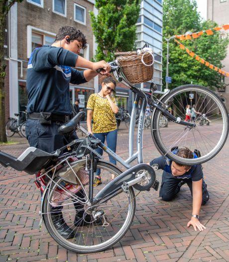 Politie schakelt hulp studenten in voor fietsendiefstal-probleem: 'Het is georganiseerde misdaad geworden'