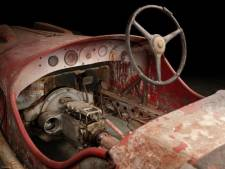 Racewagen van 'coureur' Mussolini teruggevonden in Afrika