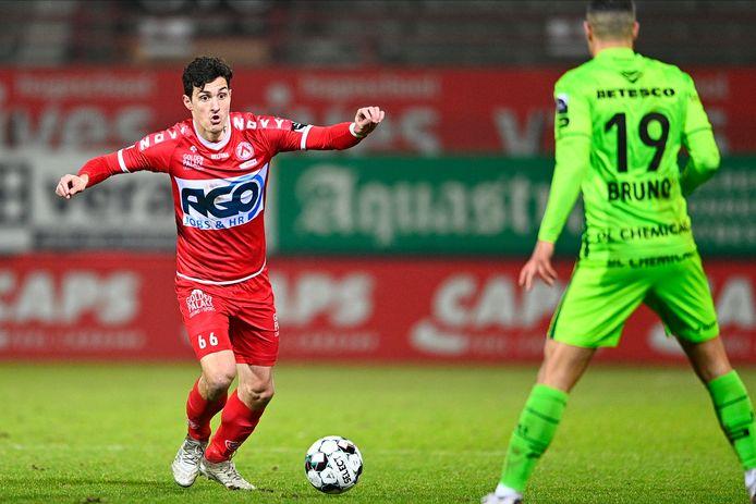 Aleksandar Radovanovic trekt zaterdag met KV Kortrijk naar de Bosuil: zijn strijderskwaliteiten zullen er van pas komen.