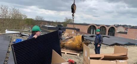 Hellendoorn plaatst zonnepanelen op eigen gebouwen
