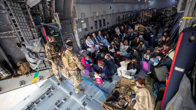 Internationale evacuaties op gang: buitenlanders mogen weg, Afghanen worden tegengehouden