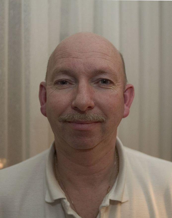 Een recente foto van Otto Versfeld, die momenteel 65 jaar oud is.