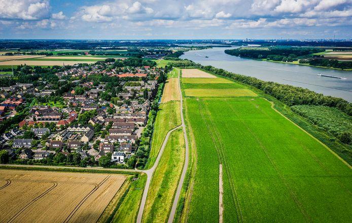 De locatie waar het zonnepark in de Buitenzomerlanden moe(s)t komen.