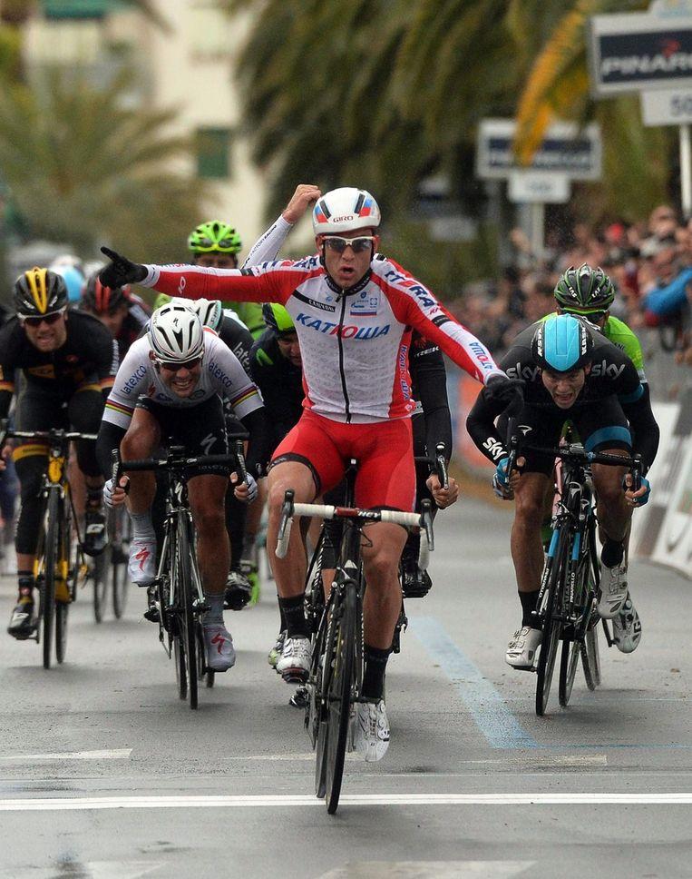 De 26-jarige Noor hield Cancellara en Swift af. Ook een bekkentrekkende Cavendish (l) moest zijn meerdere erkennen Beeld EPA