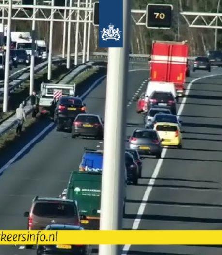 Botsing op A2 bij Eindhoven zorgt voor file ter hoogte van knooppunt Batadorp