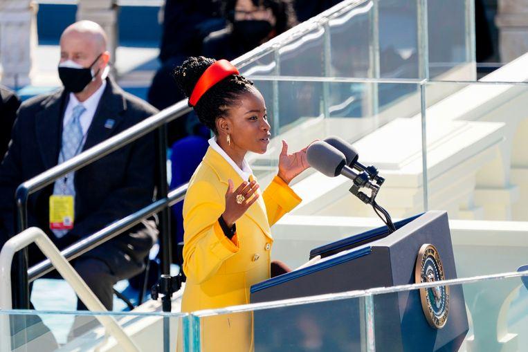 Amanda Gorman maakte furore met haar gedicht bij de inauguratie van president Joe Biden. Beeld AFP