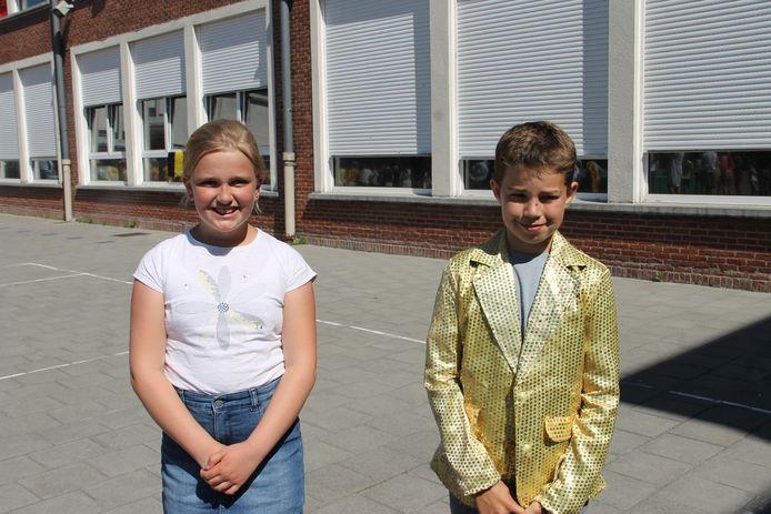 Leerlingen Elise Vanparijs en Felix Demuynck van klas 4A van basisschool De Talententuin uit Lendelede horen bij de eerste Gouden Klas van Vlaanderen.
