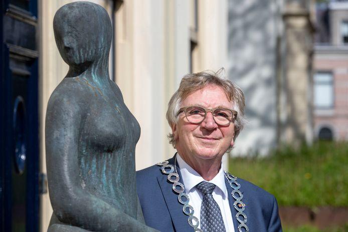 De vertrokken burgemeester Geert van Rumund.