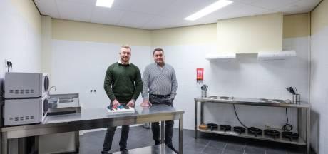 Kijkje in de keuken van nieuw pension voor buitenlandse arbeiders