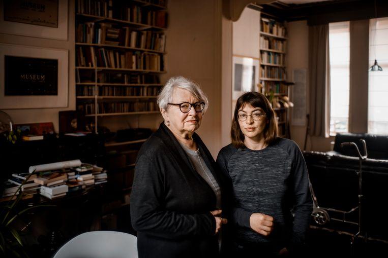 Chantal De Smet en haar dochter Merel. Beeld Eric de Mildt