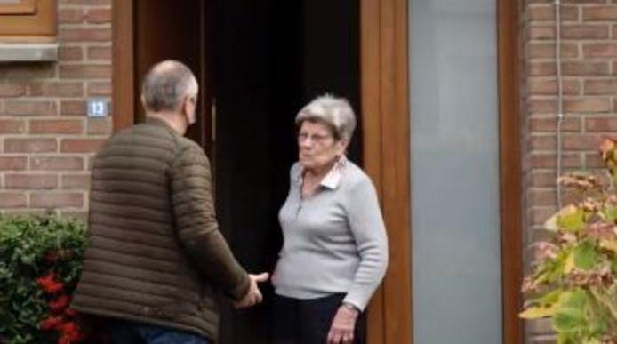 Dans Faroek, Johan et sa mère Josette, mais également d'autres victimes, témoignent