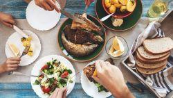 Is brood een dikmaker en tel je best alle calorieën die je opneemt? Lieven Maesschalck en zijn team van diëtisten geven tips over afvallen en voeding