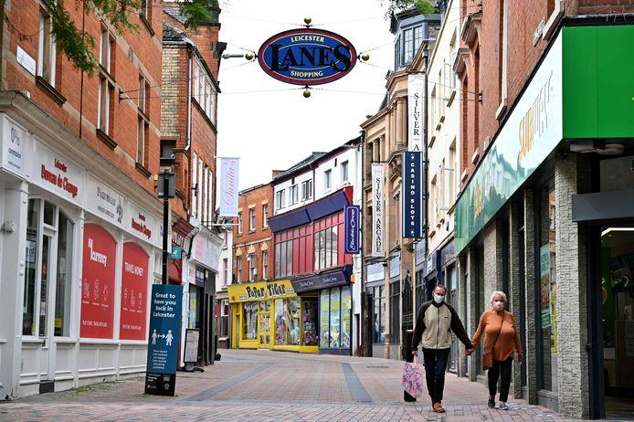 Bijna lege straten in het centrum van Leicester vandaag.