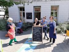 Trafiek serveert geen koffies komende vier weken, maar klanten kunnen nog steeds langskomen voor een babbel